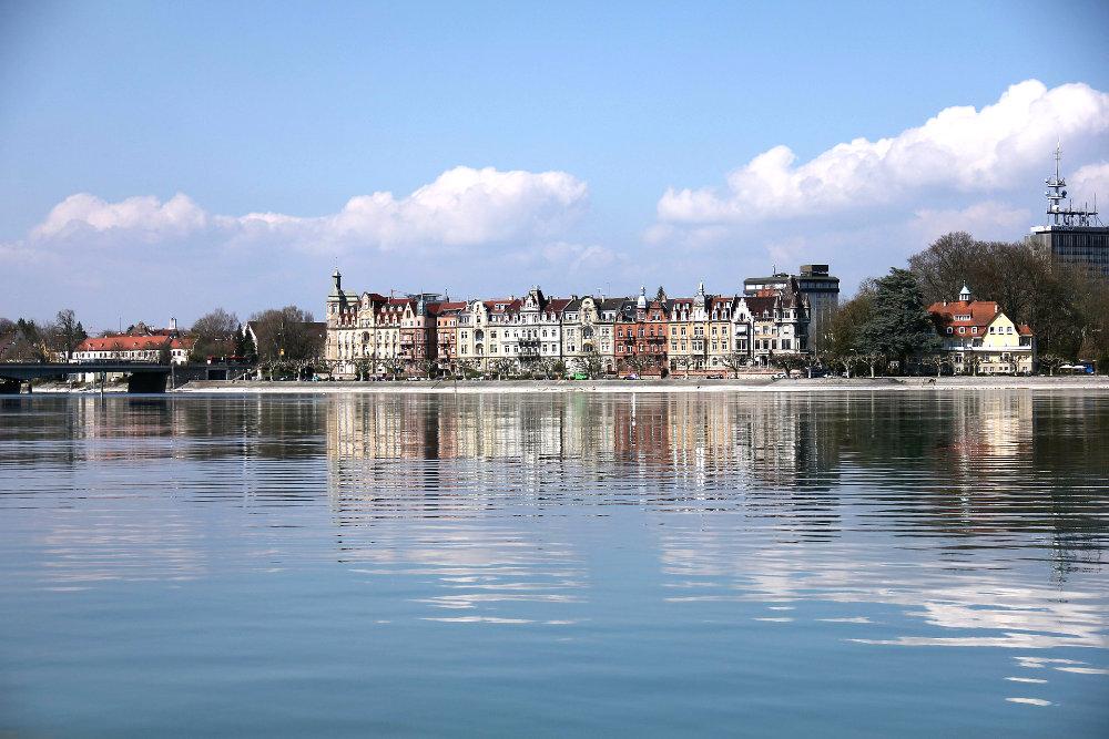 Konstanz Bodensee hafenausfahrt