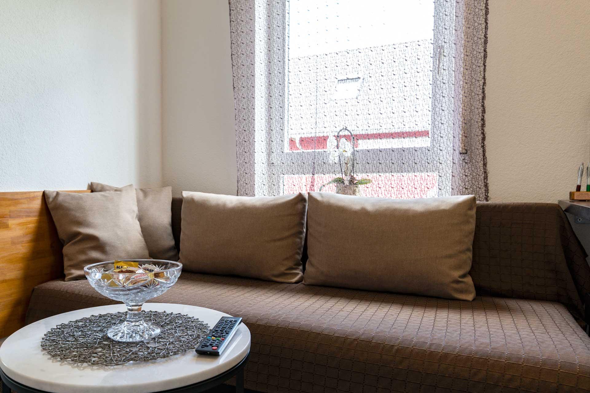 Ferienwohnung Bodensee Wohnbereich Couch